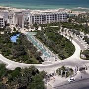 کدام عامل می تواند بیش ترین نقش را در تقویت صنعت هتل کنونی کشورمان داشته باشد؟